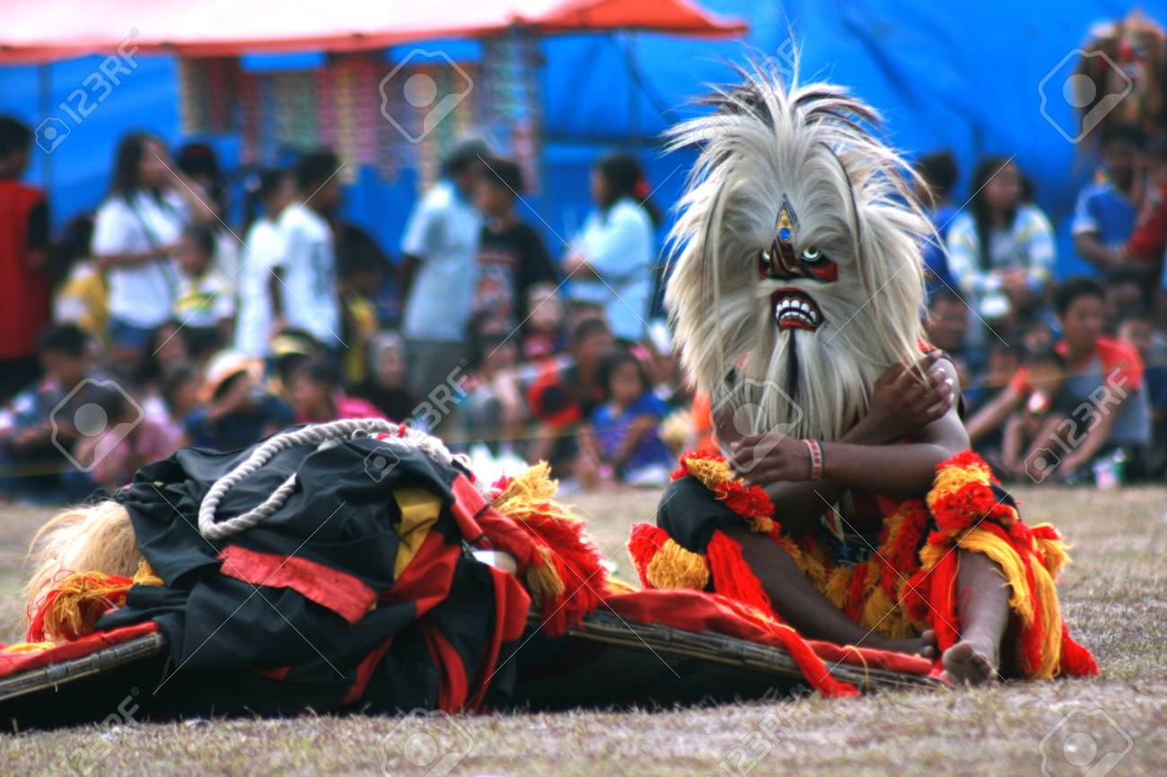 Performance dance and attraction of traditional reog ponorogo performance dance and attraction of traditional reog ponorogo blora central java java indonesia thecheapjerseys Gallery
