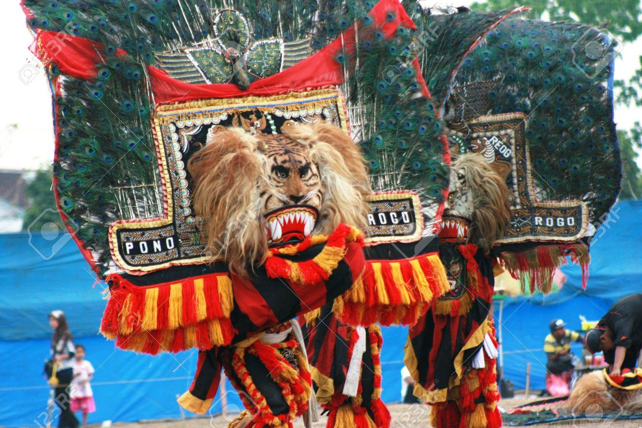 Performance dance and attraction of traditional reog ponorogo performance dance and attraction of traditional reog ponorogo blora central java java indonesia altavistaventures Gallery