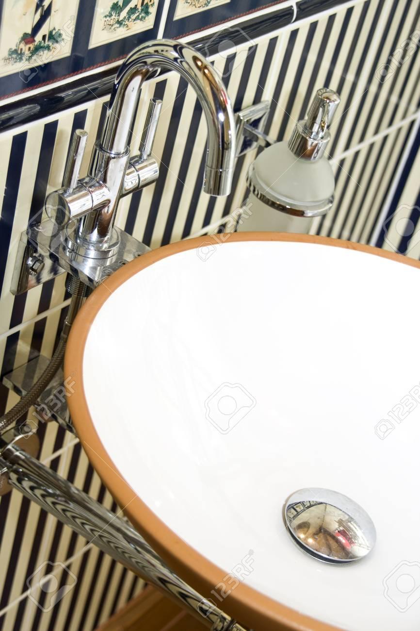 Chrome faucet Stock Photo - 18397015