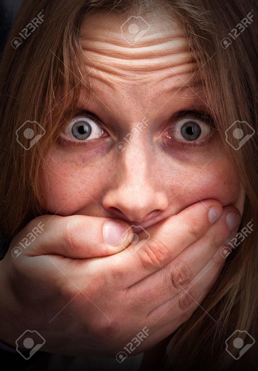 Юной девочке в рот 10 фотография