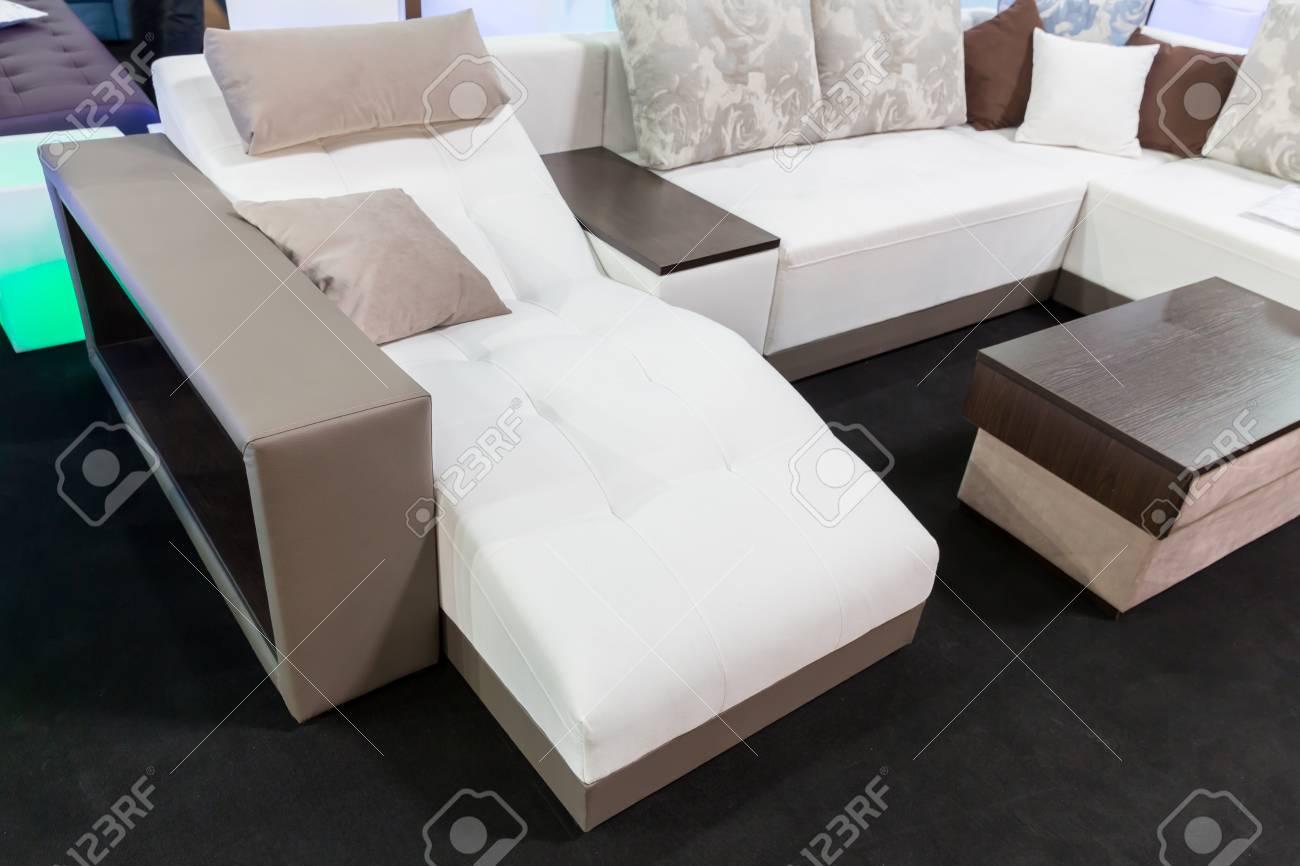 Moderne Weiche Möbel Für Wohnzimmer Lizenzfreie Fotos, Bilder Und ...