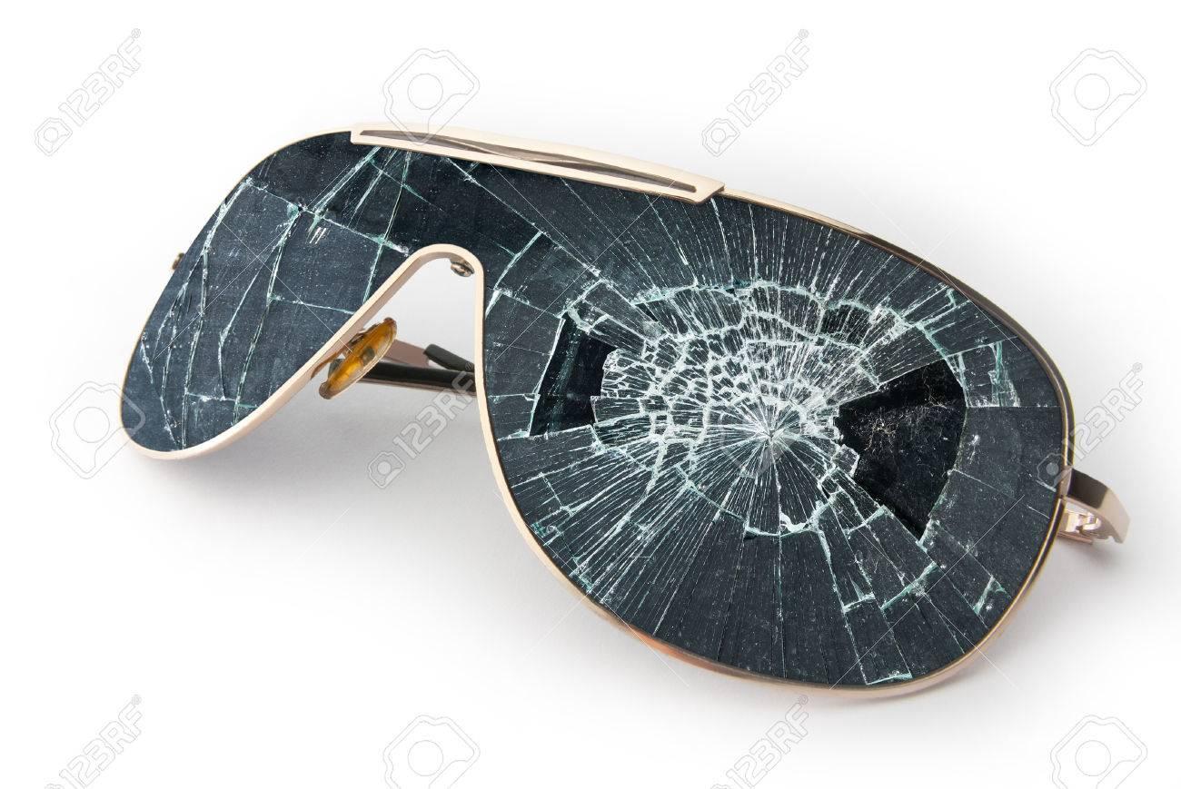 48524390-black-broken-sunglasses-isolate