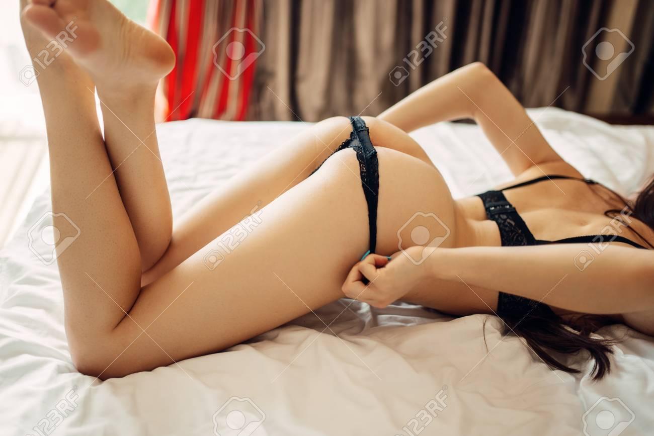 Erotic Nude Women Panties Scenes