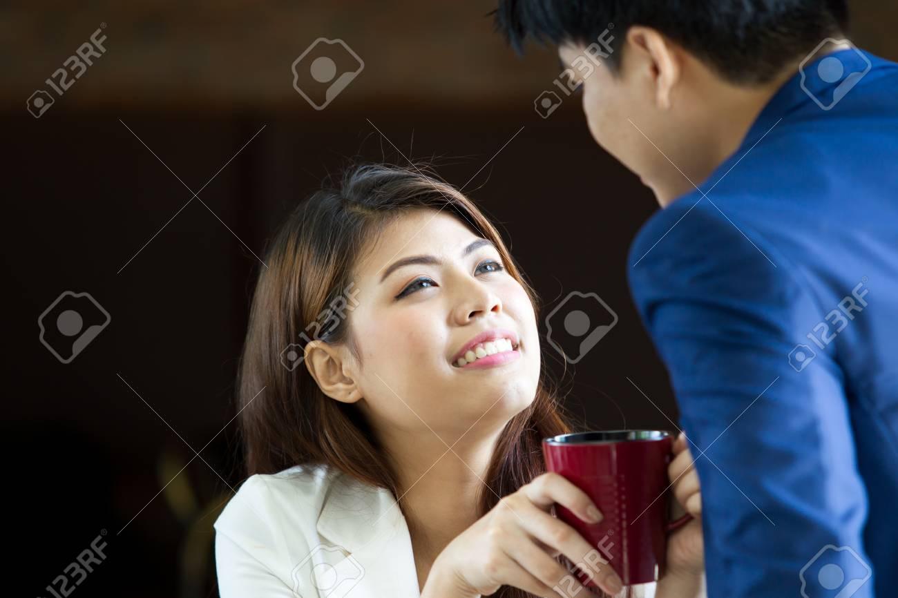 randevú kapcsolatok 50 után