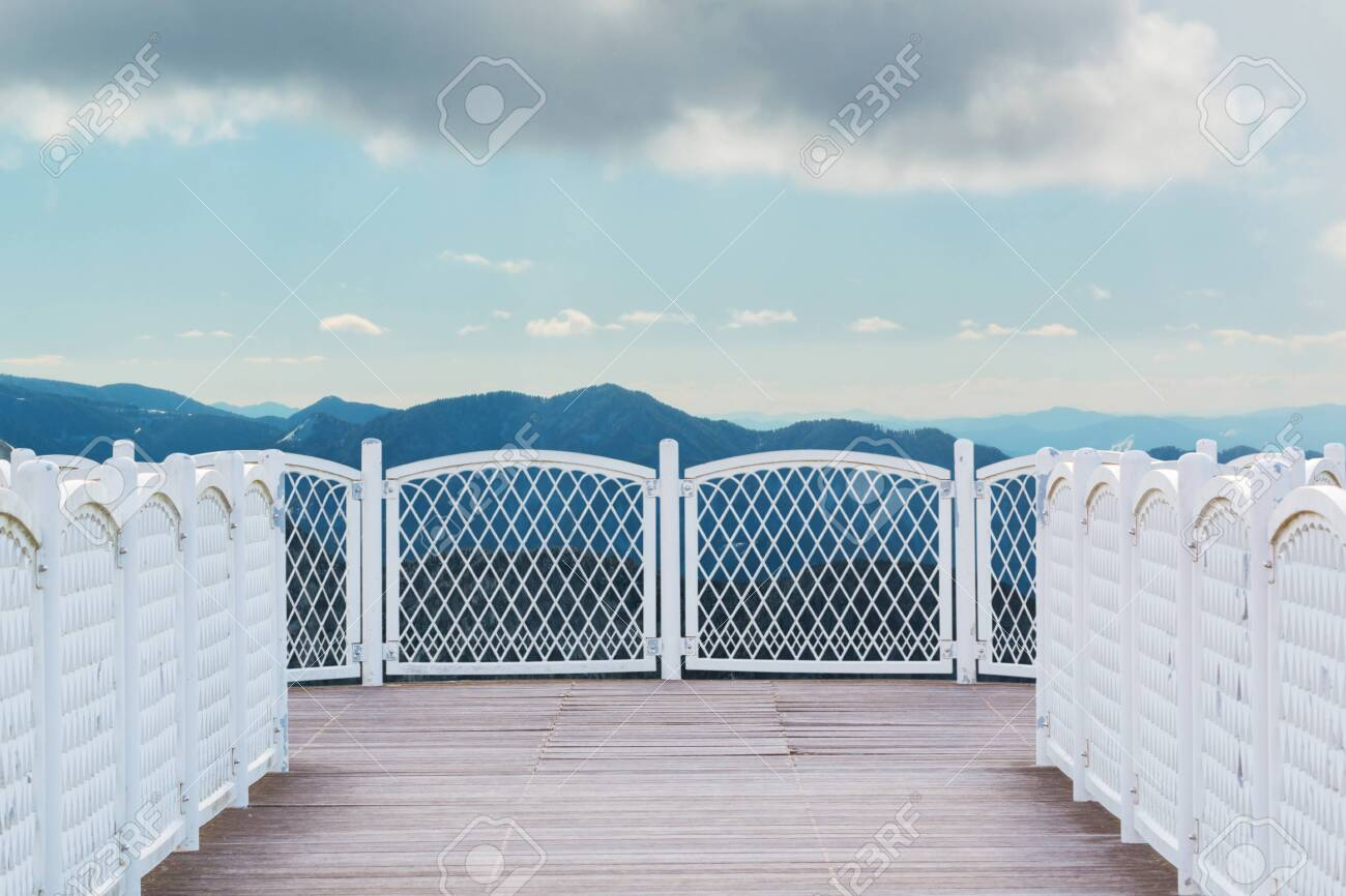White balcony with perspective wood floor on nature background. - 123732108