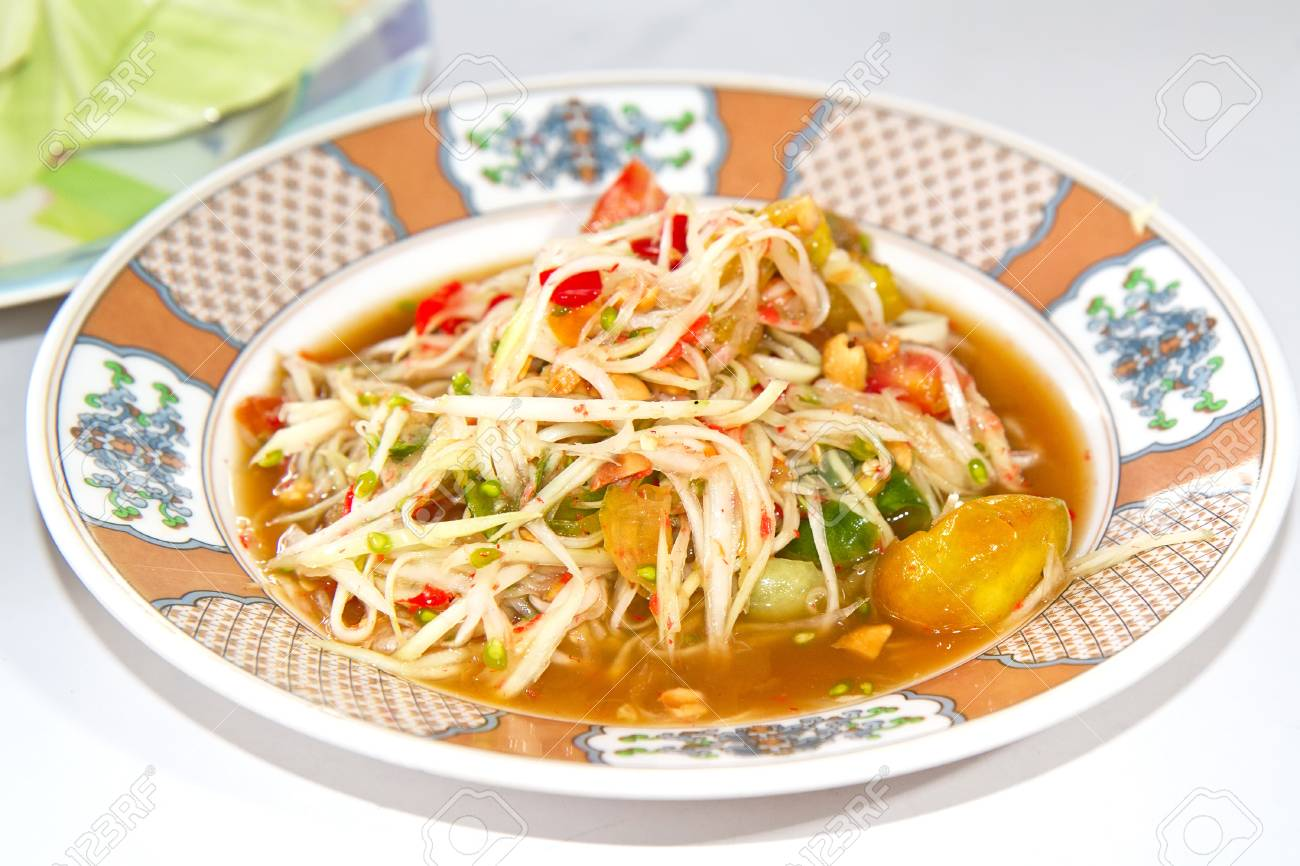 Green papaya salad thai cuisine spicy delicious Stock Photo - 15135852