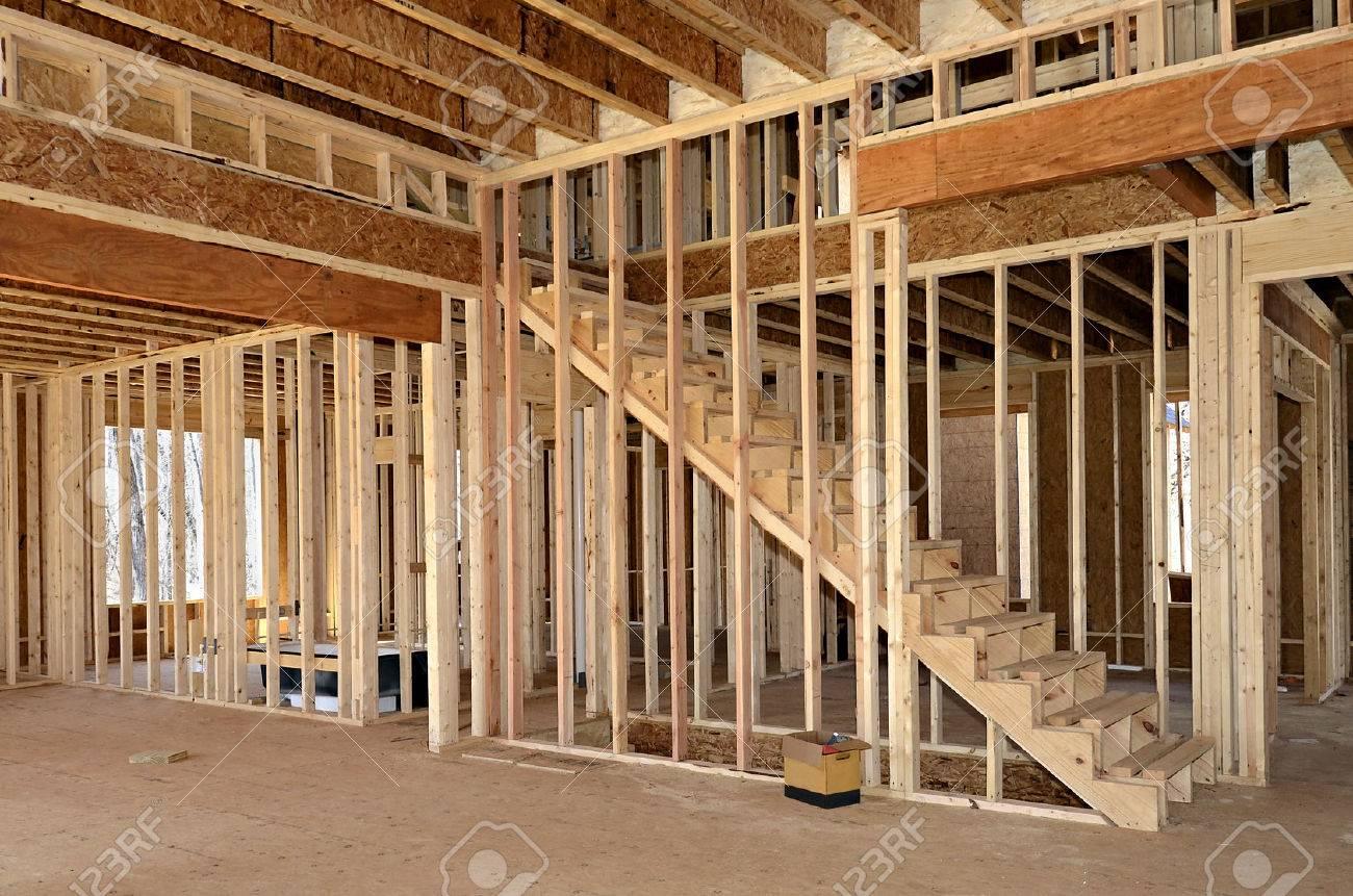 l'interno di una casa in costruzione mostrando le scale, camera da ... - Camera Da Letto O