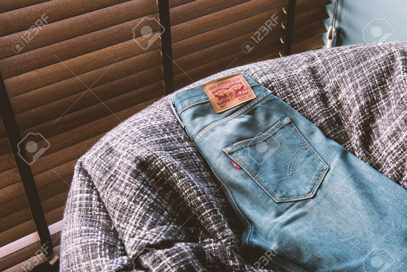 levi jeans brand image