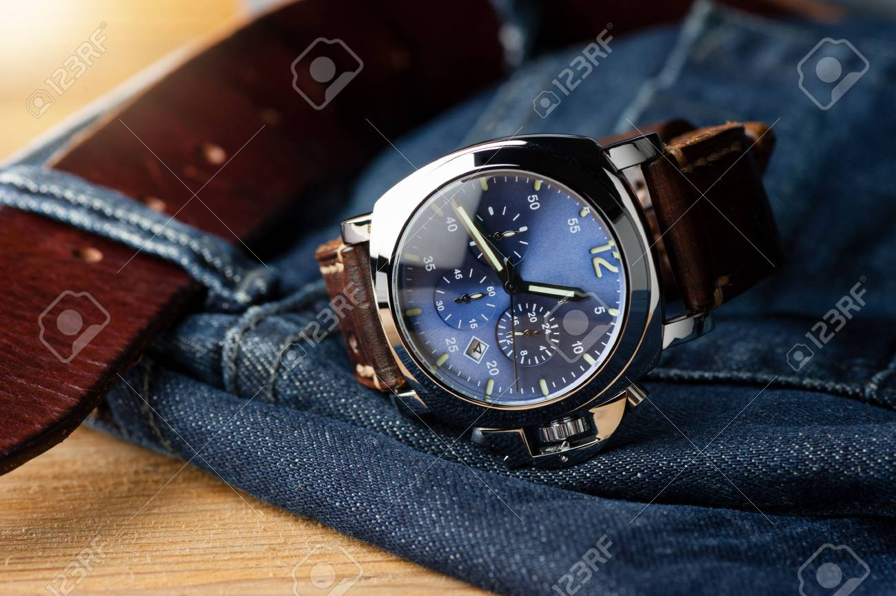 Luxury Fashion Watch With Blue Dial And Brown Leather Watch Band