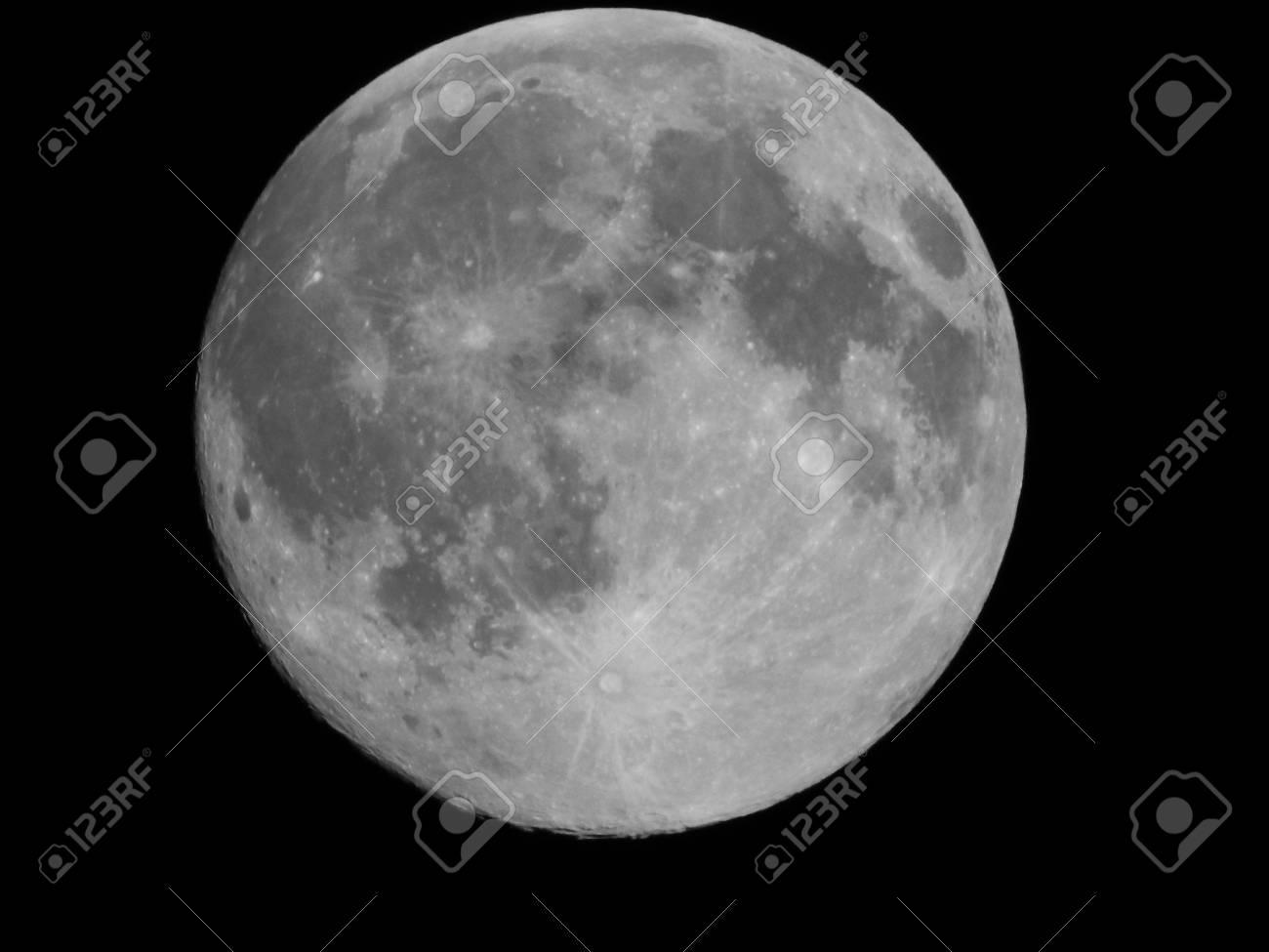 Full Moon - 43098929