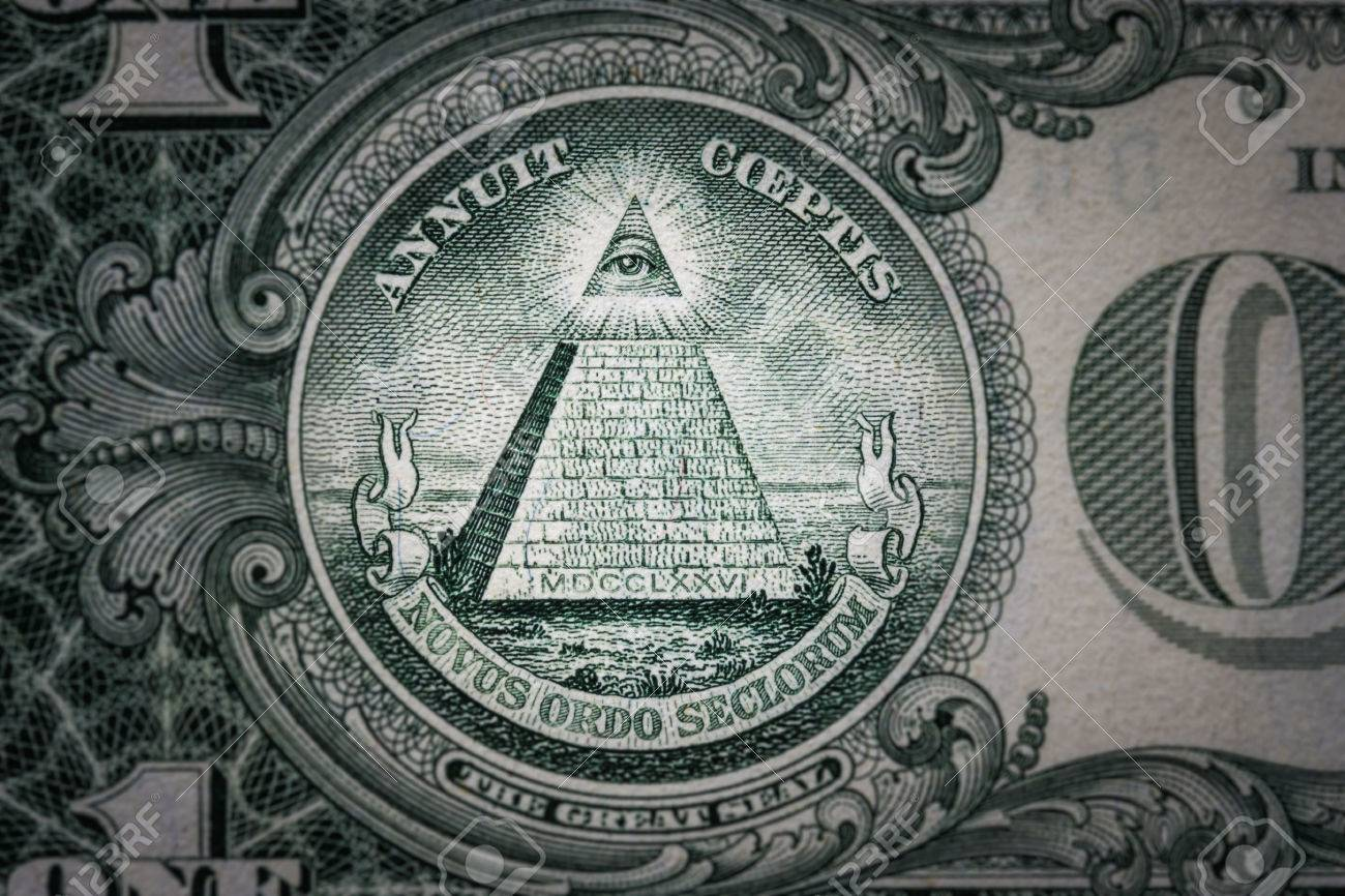 [Imagem: 66536775-all-seeing-eye-on-the-one-dolla...ollar-.jpg]