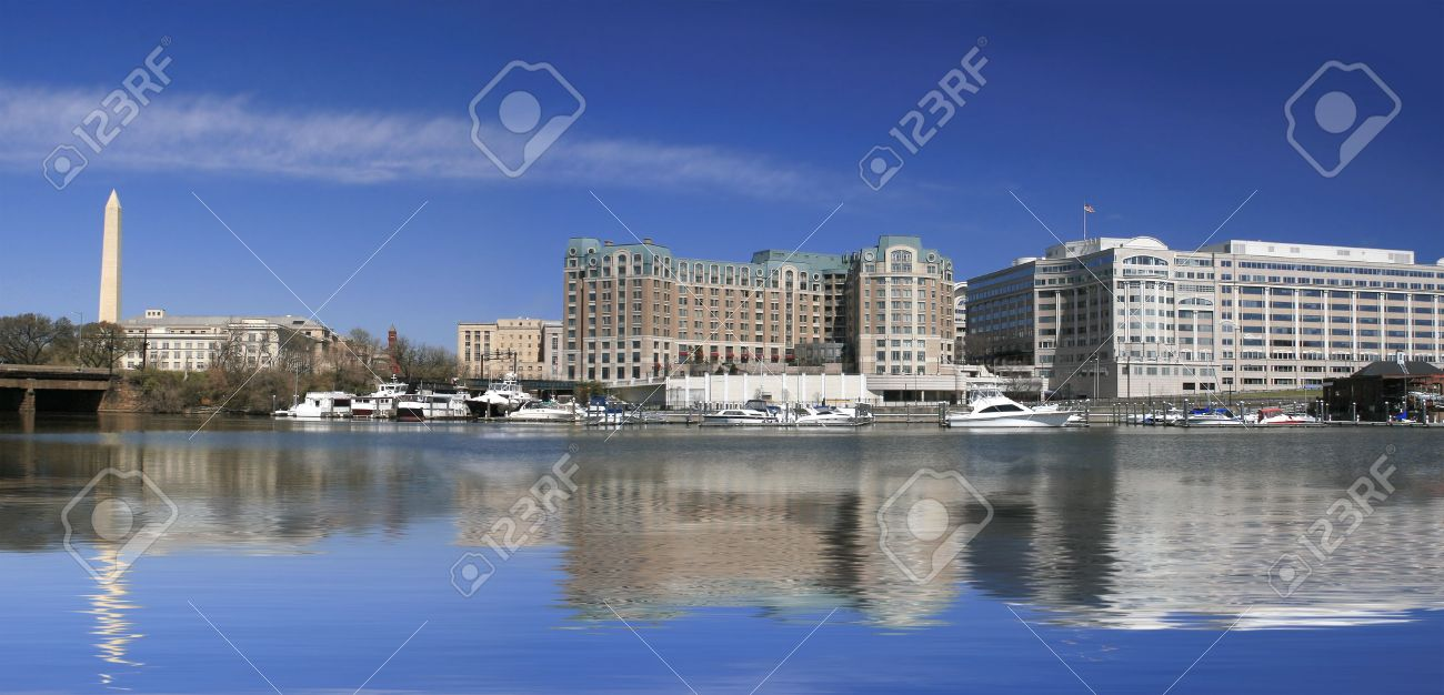 Panoramic View of Washington Monument and downtown Washington DC financial, office district across the potomac Stock Photo - 2813142