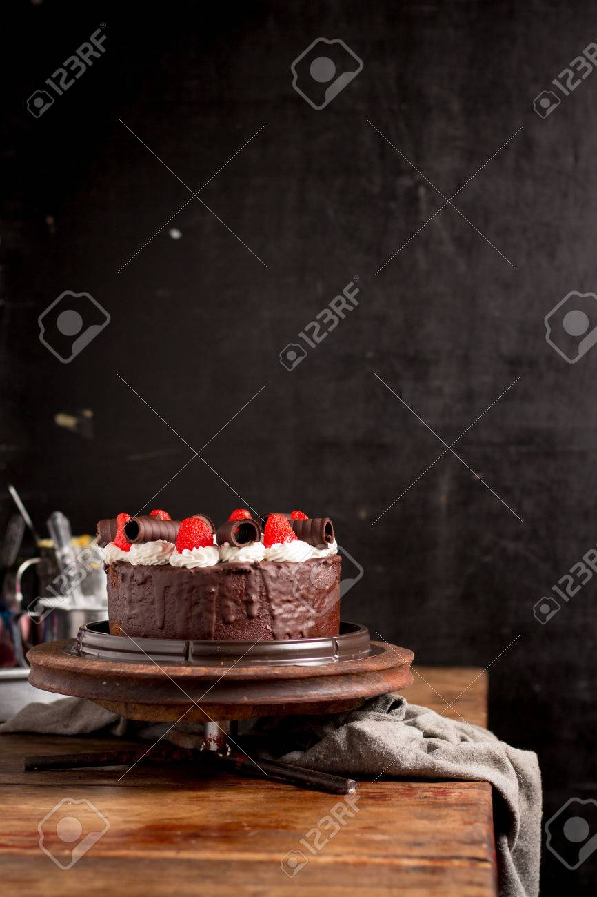 images?q=tbn:ANd9GcQh_l3eQ5xwiPy07kGEXjmjgmBKBRB7H2mRxCGhv1tFWg5c_mWT Trends For Dark Food Photography Background @http://capturingmomentsphotography.net.info