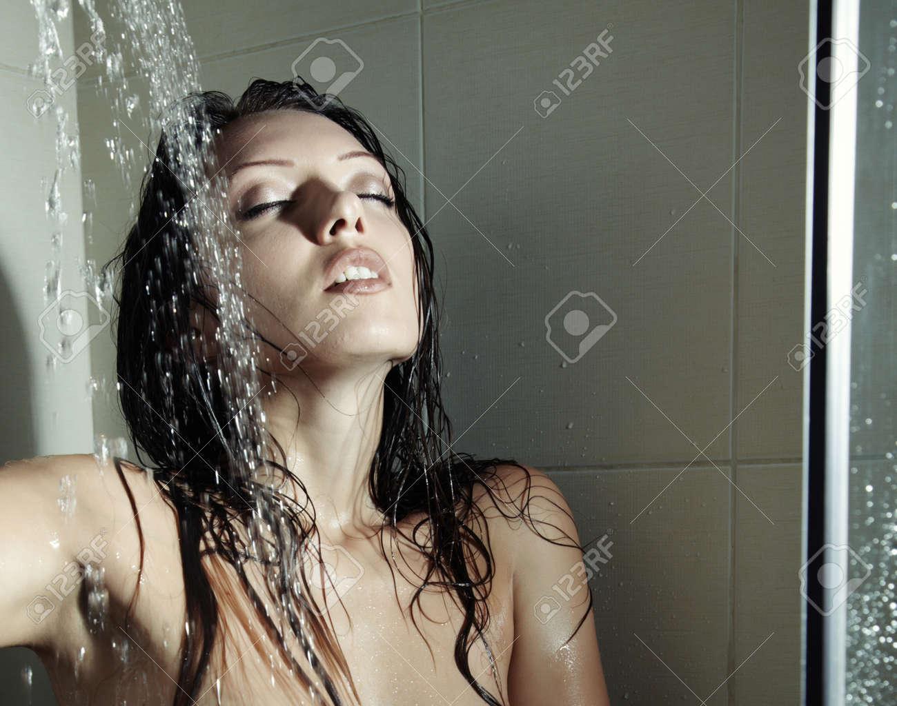 Сэкс в душе, Порно в душе и с душой онлайн бесплатно на 24 видео 37 фотография
