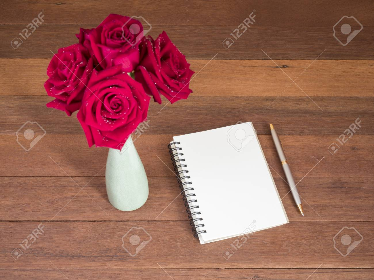 Bouquet Red Rose Flower, Pen And Blank Notebook On Wood Background ...