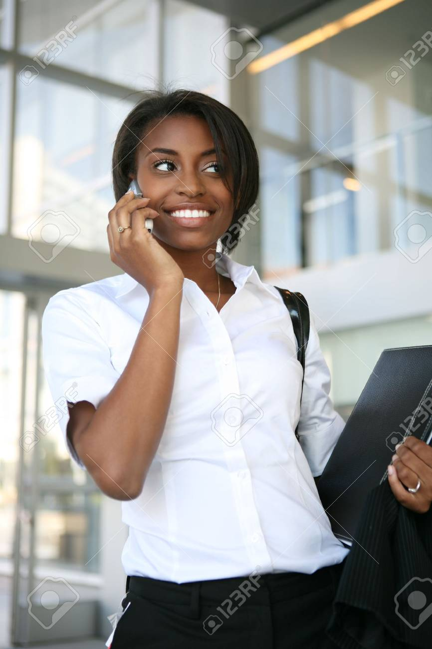 An african american business woman on the cell phone Stock Photo - 2702451