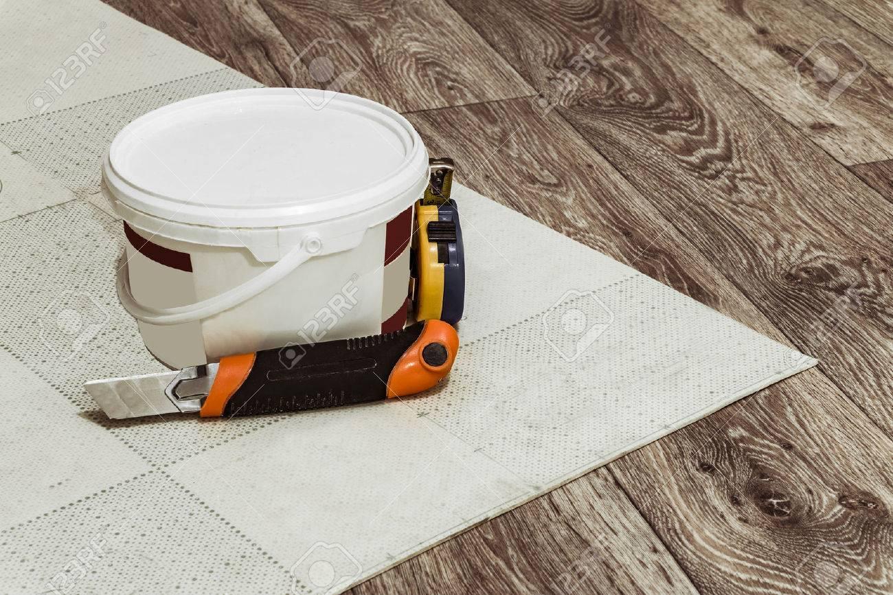 How to glue linoleum 68