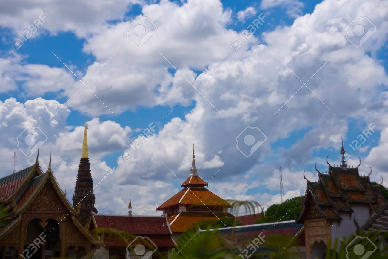 cloud over temple Stock Photo - 14715798