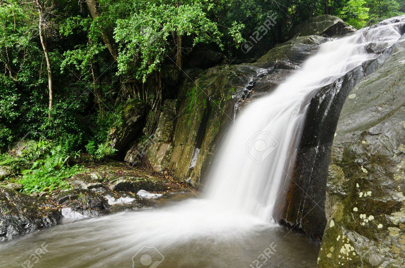 Waterfall in the national park, PaLa U waterfall Stock Photo - 13897521