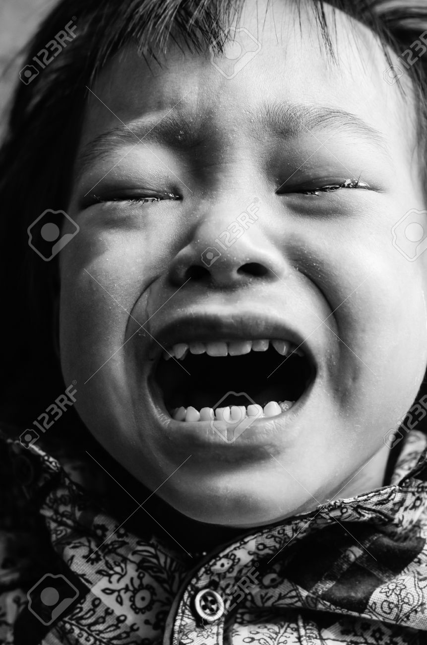 Kid crying black and white Stock Photo - 18092148