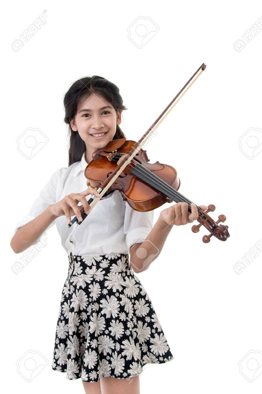 girl with violin isolated on white background - 47438215