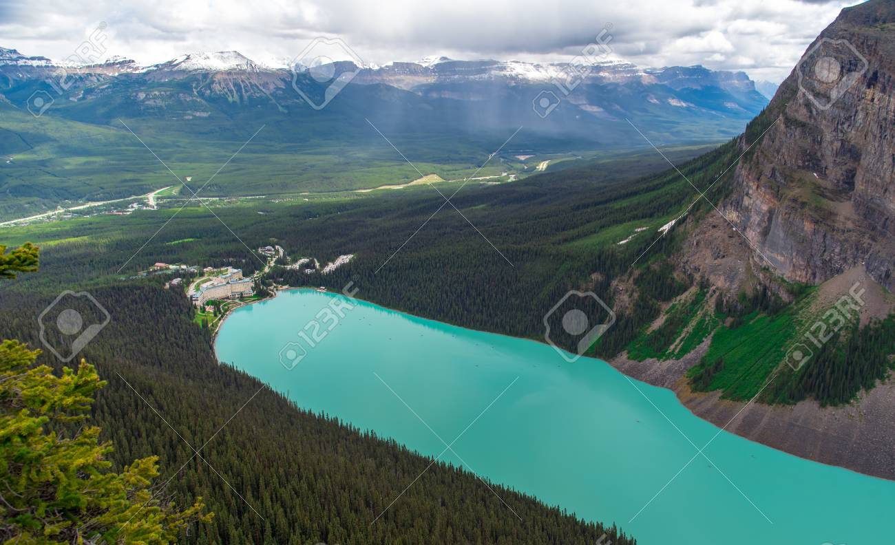 View from the top of the mountain of hotel with turquoise color at Lake Louise in Alberta, Canada - 115023898