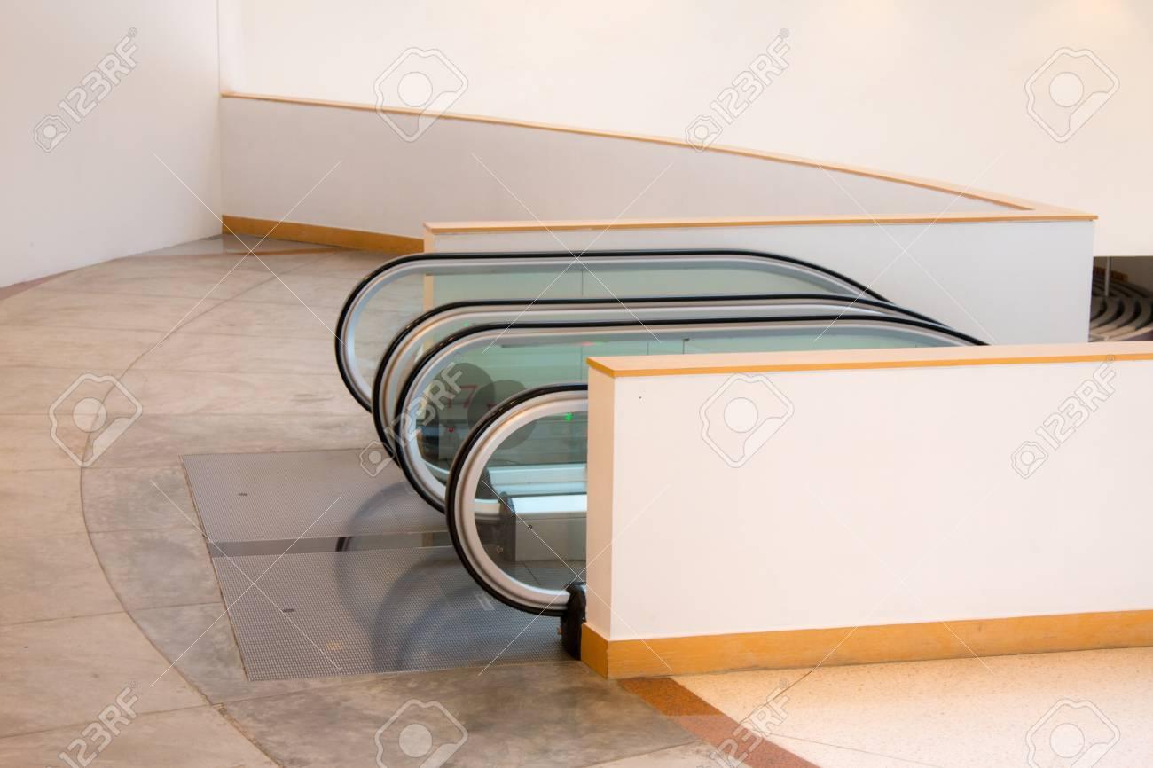 Immeubles de bureaux de luxe décoration intérieure d escaliers