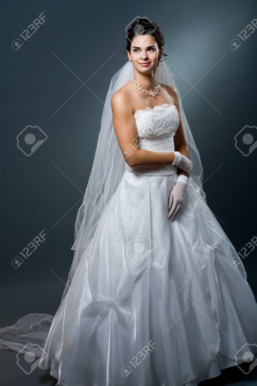 Fancy White Wedding Gown Motif - All Wedding Dresses ...