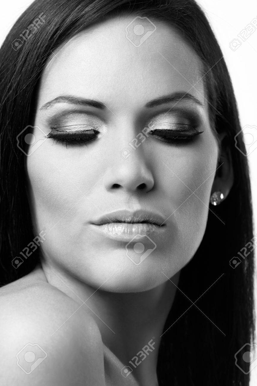 Black and white beauty portrait, looking down. Stock Photo - 15033081