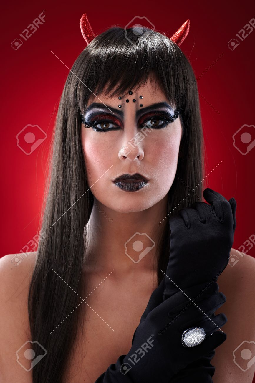Portrait Der Teufel Wie Eine Frau Mit Professionellen Schwarzen Make