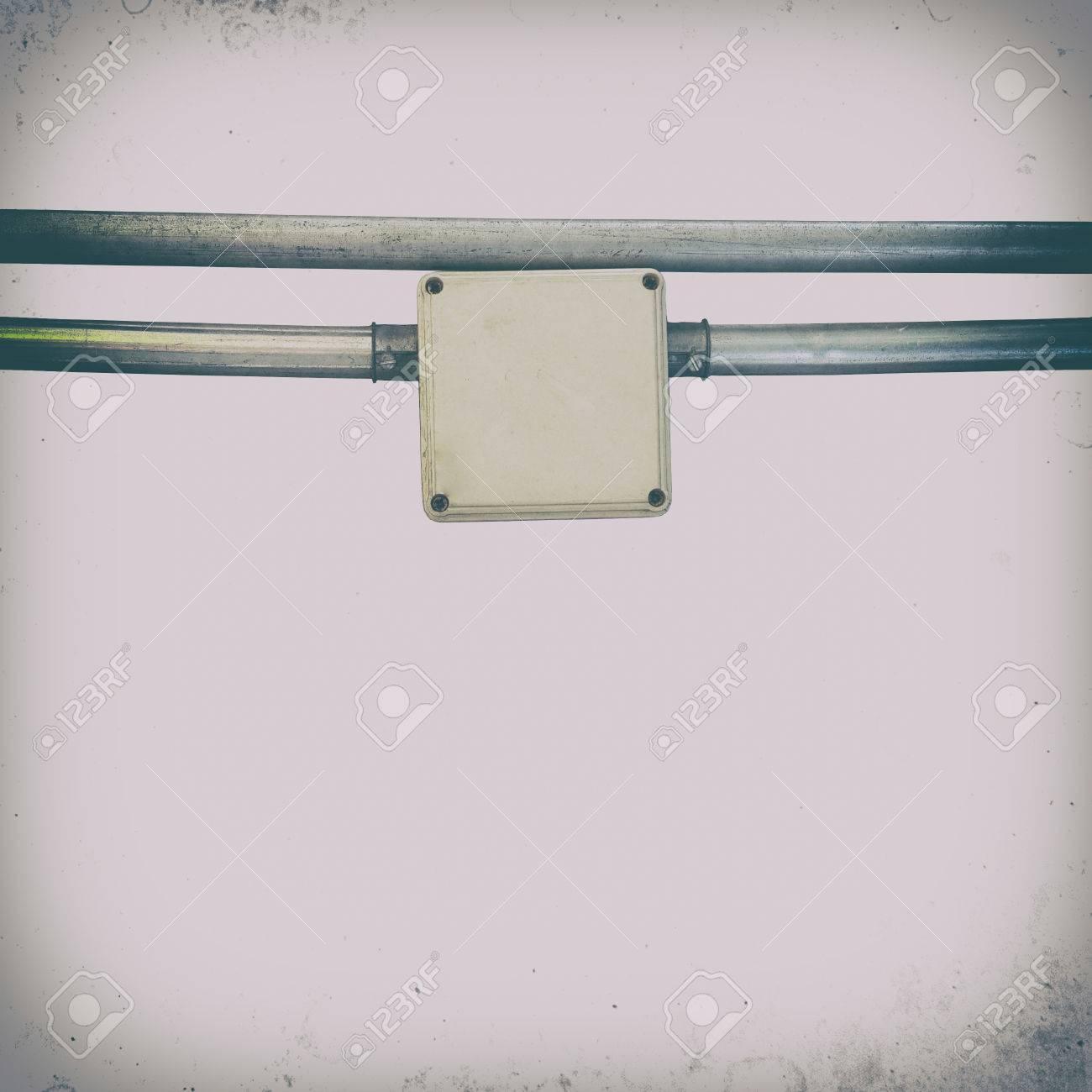 Nett El Drahtkästen Galerie - Schaltplan Serie Circuit Collection ...