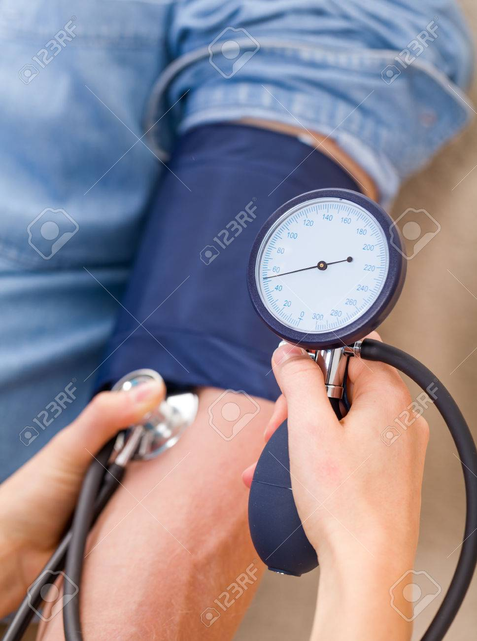 Close up photo of blood pressure measurement Standard-Bild - 37857651
