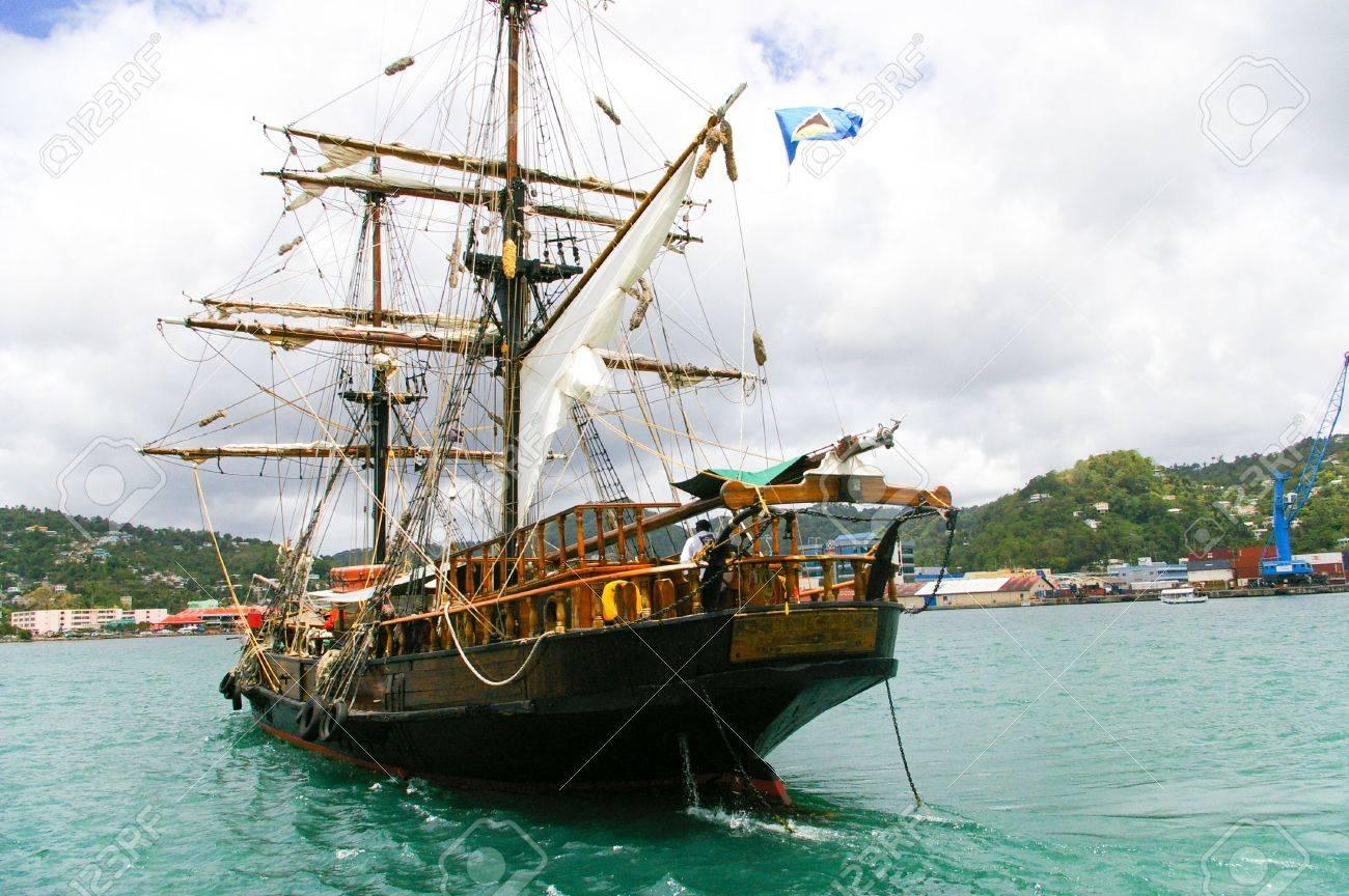 Top Piraten Schiff Für Die Reise Im Karibischen Meer Lizenzfreie Fotos YC26