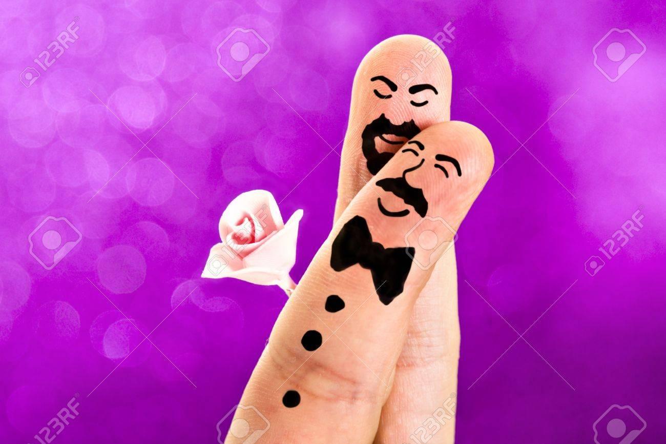 Fingers Mit Sussen Gesichter Gemalt Mit Einer Hochzeit Zwischen Einem
