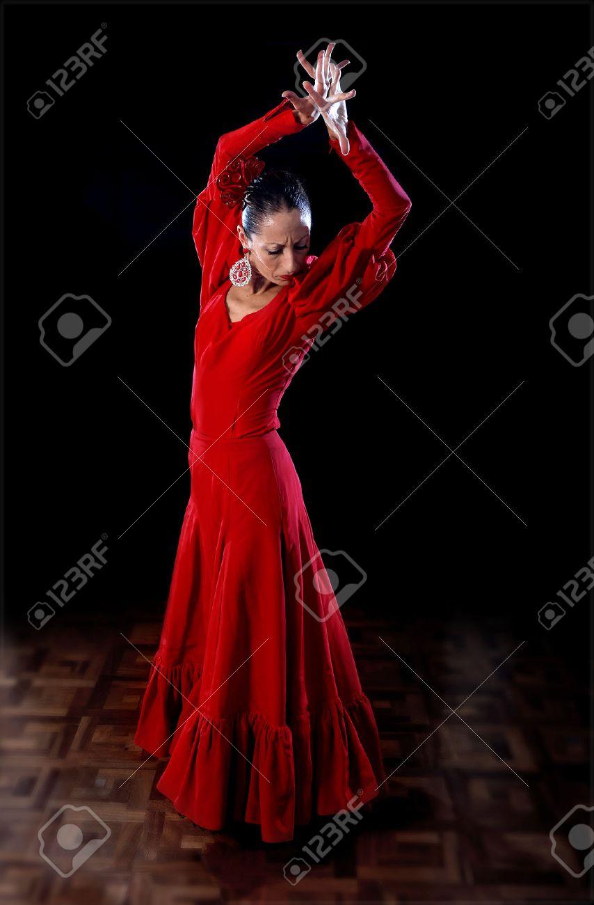 tradicional Bailarina la flamenco joven espectáculo bailando danza vestido Sevillanas llevaba en rojo popular tradicional español nvxHWBn
