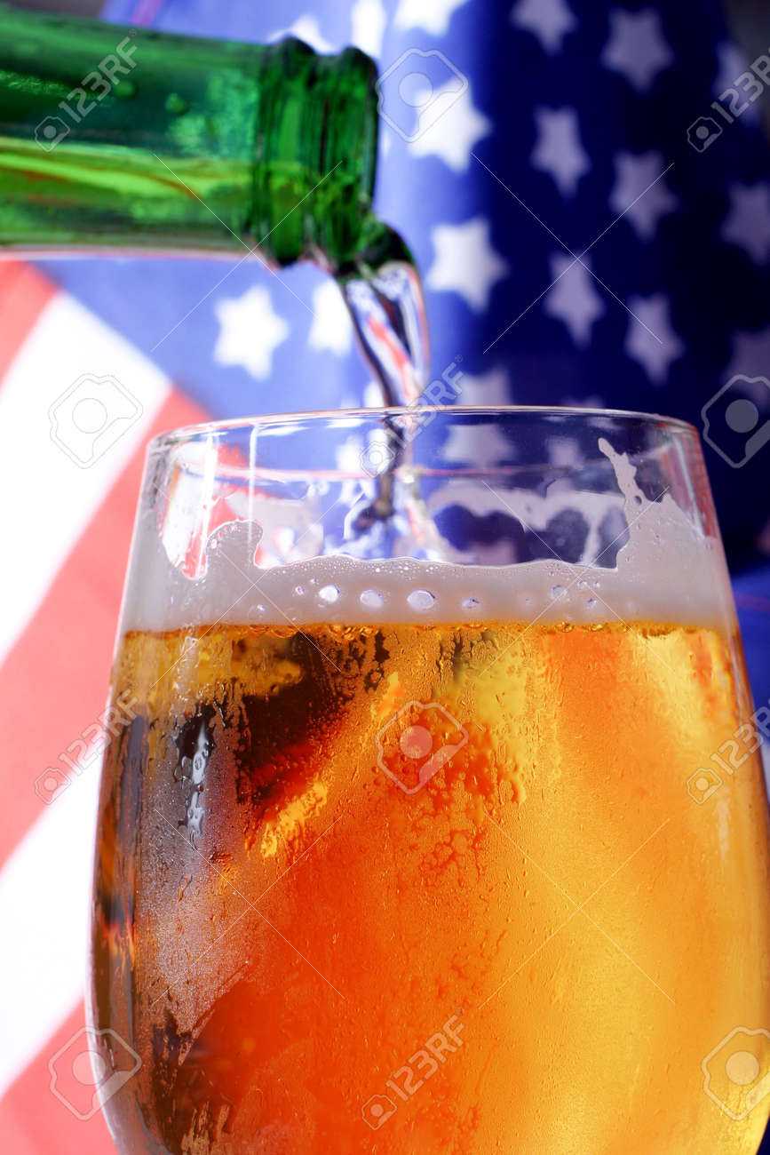 Cold beer macro and the American flag. Stock Photo - 915659