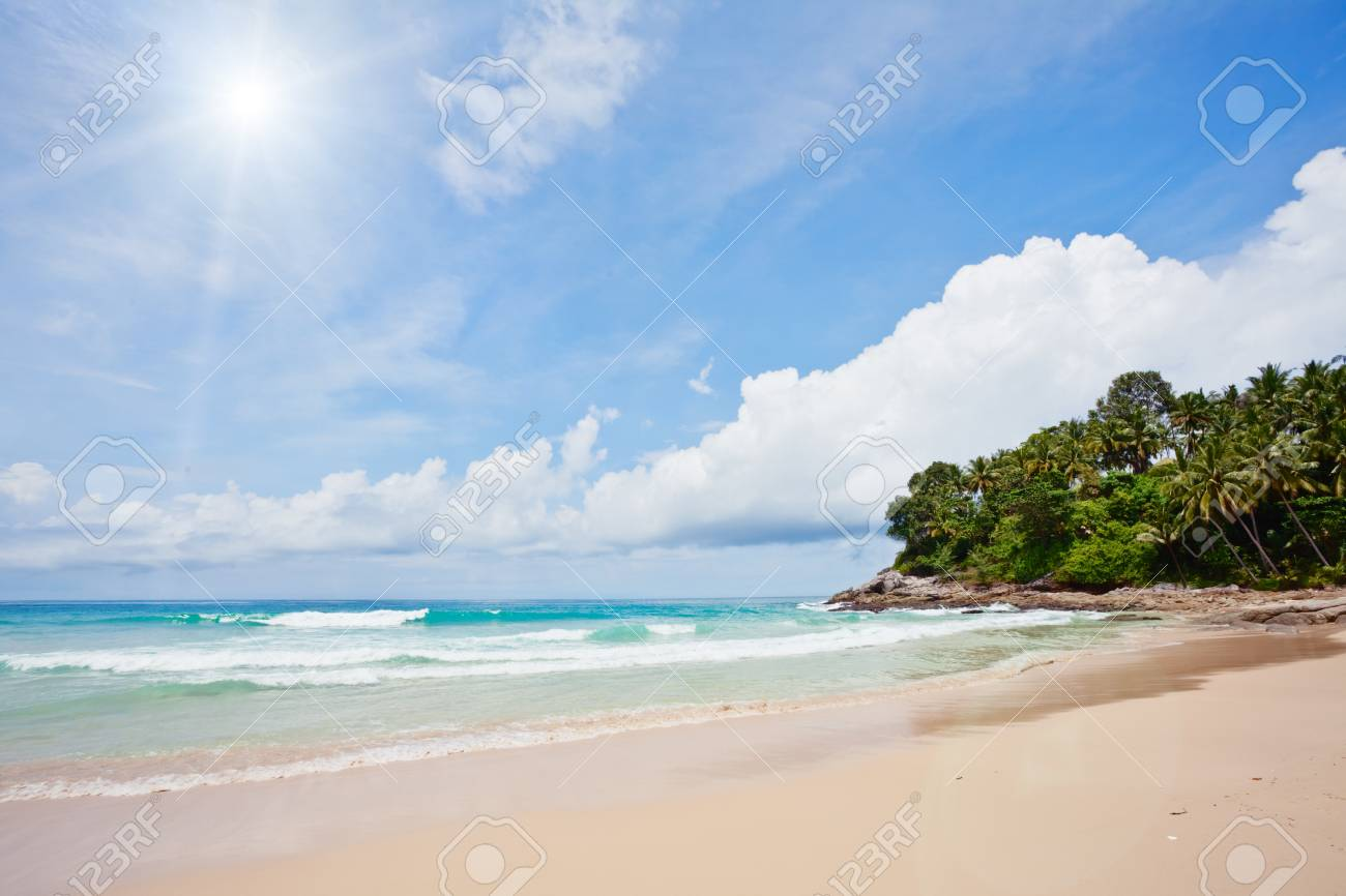 Exotic tropical beach under blue sky. Thailand Stock Photo - 9969814