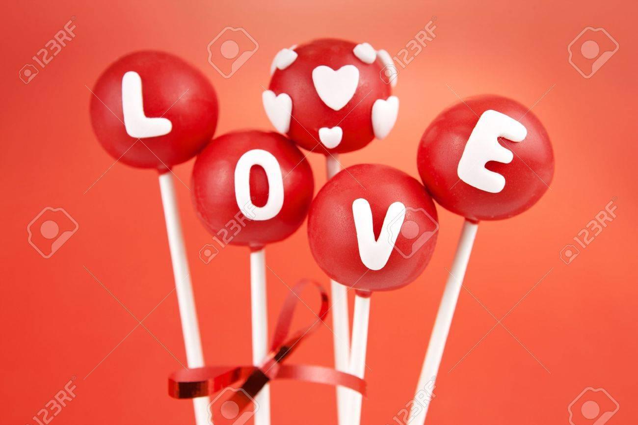Valentine cake pops - 11854608