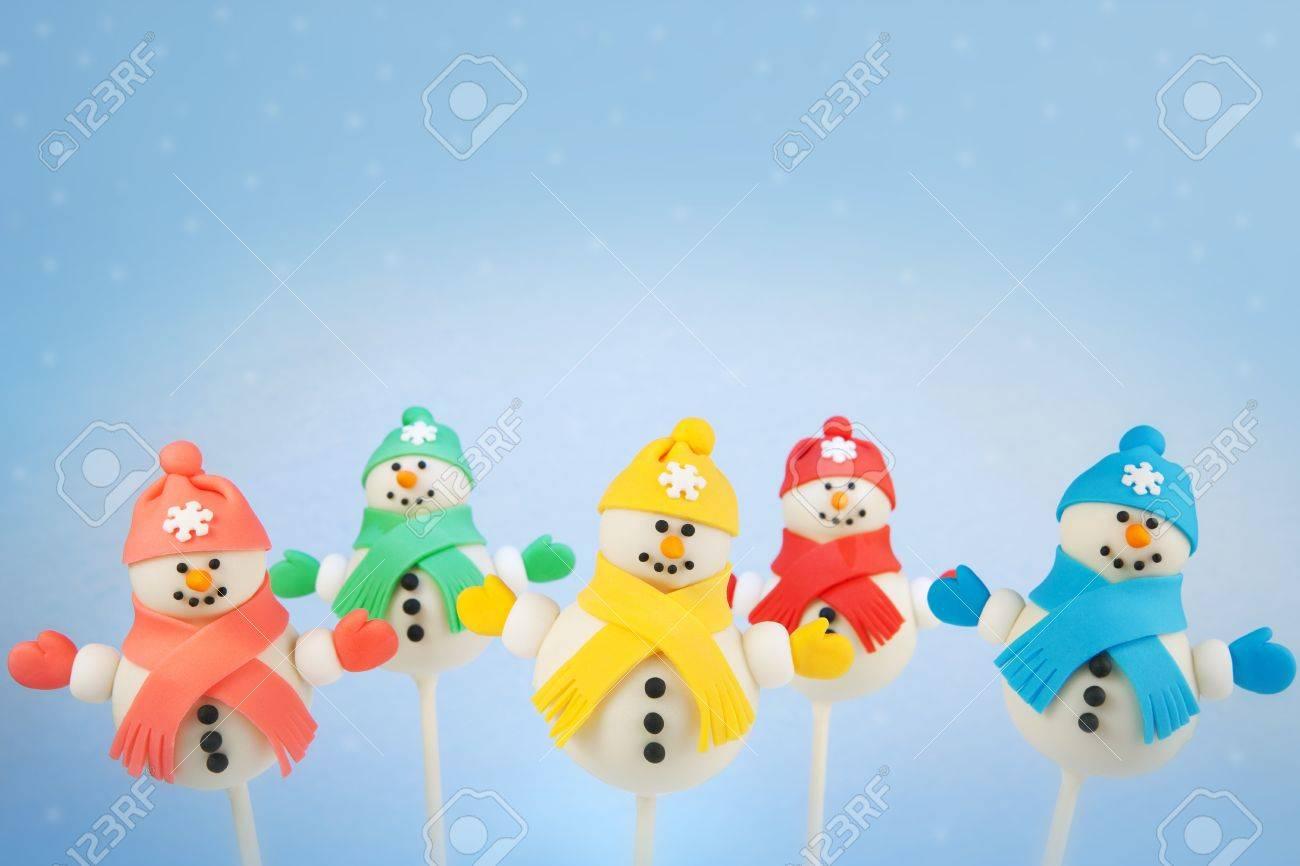 Snowman cake pops - 16605242