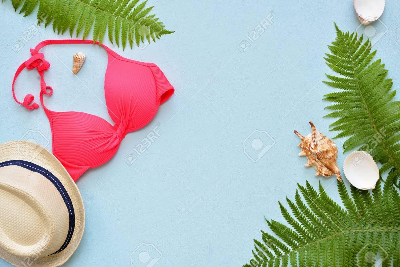 Costume Da Bagno Conchiglia : Immagini stock collage femminile del costume da bagno e degli