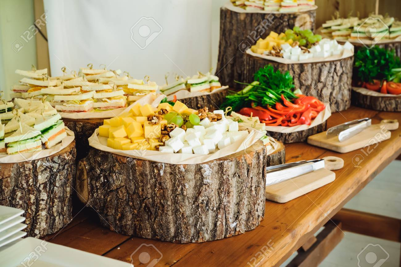 Peachy Outside Catering Buffet Table With A Delicious Food For Guests Download Free Architecture Designs Scobabritishbridgeorg