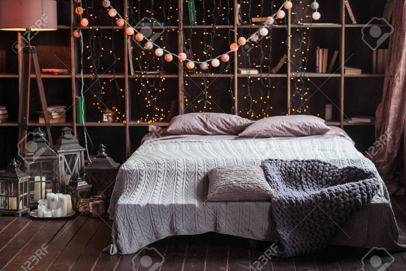 Candele Camera Da Letto : Intimità comfort interni e concetto di vacanze camera da letto