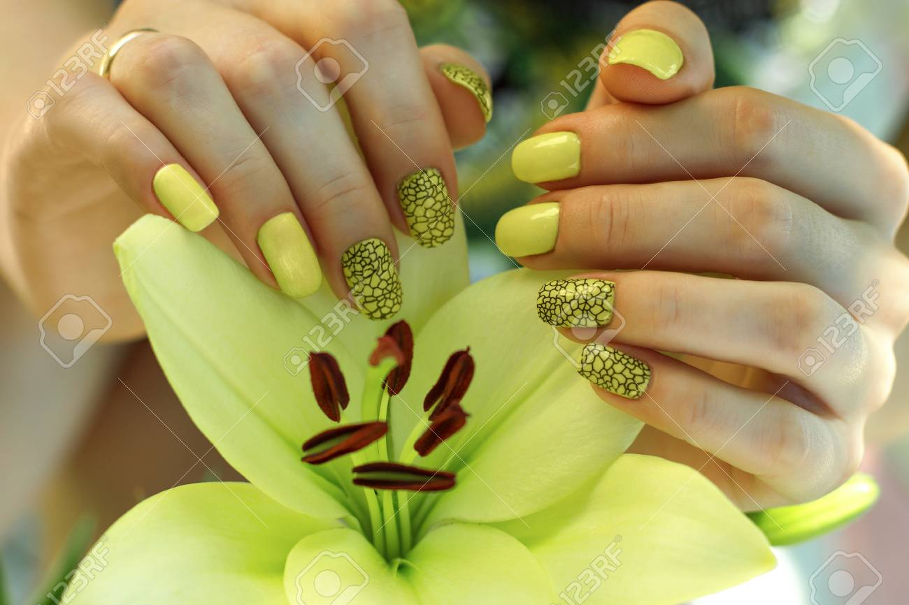Magnífico Flor De Lis Sello De Uñas Modelo - Ideas de Pintar de Uñas ...