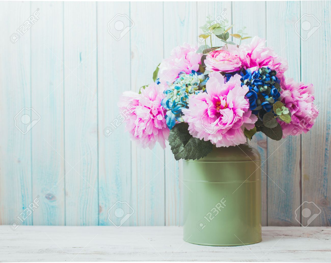 flowers in can - rustic style, shabby chic - 45465364