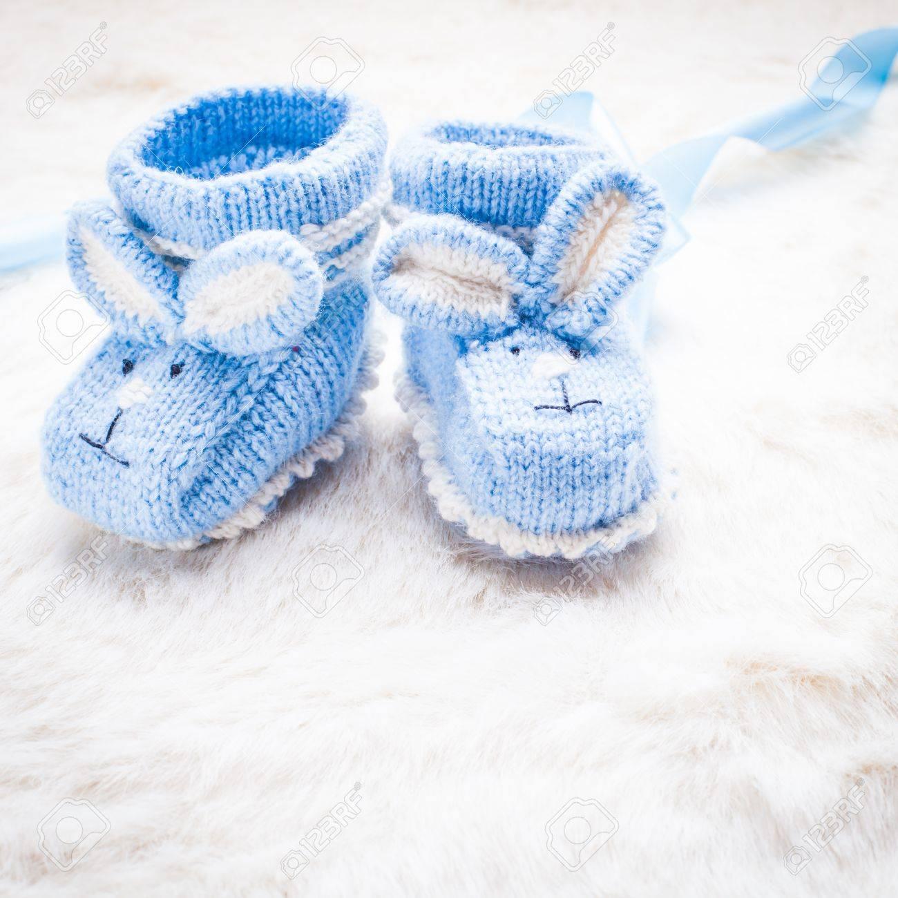 magasin d'usine ad274 0bd48 Bonneterie chaussons pour bébés bleus avec lapin muselière pour petit garçon