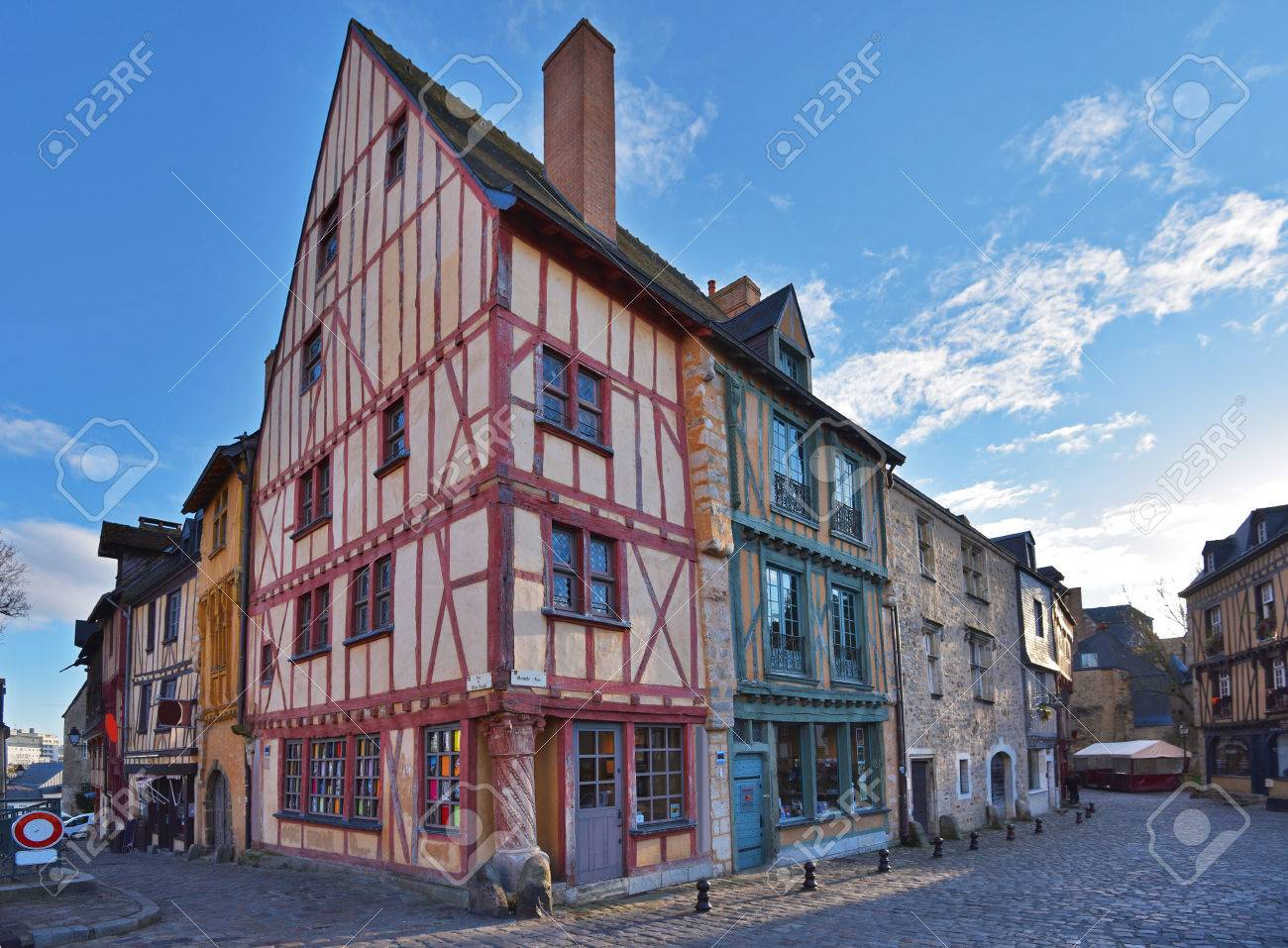 Architecte Le Mans le mans has a well-preserved old town. it also called vieux mans.