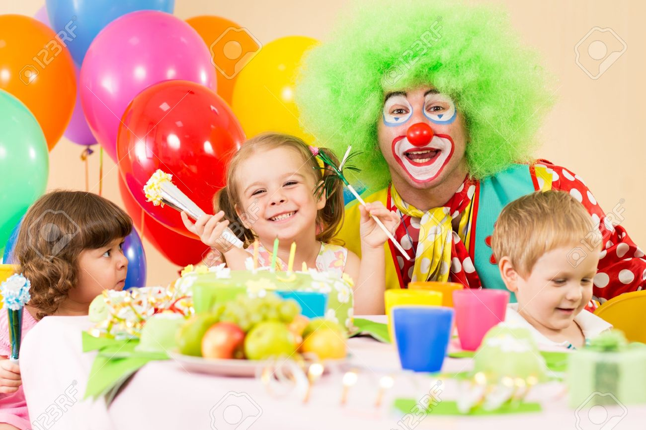 birthday clown images u0026 stock pictures royalty free birthday