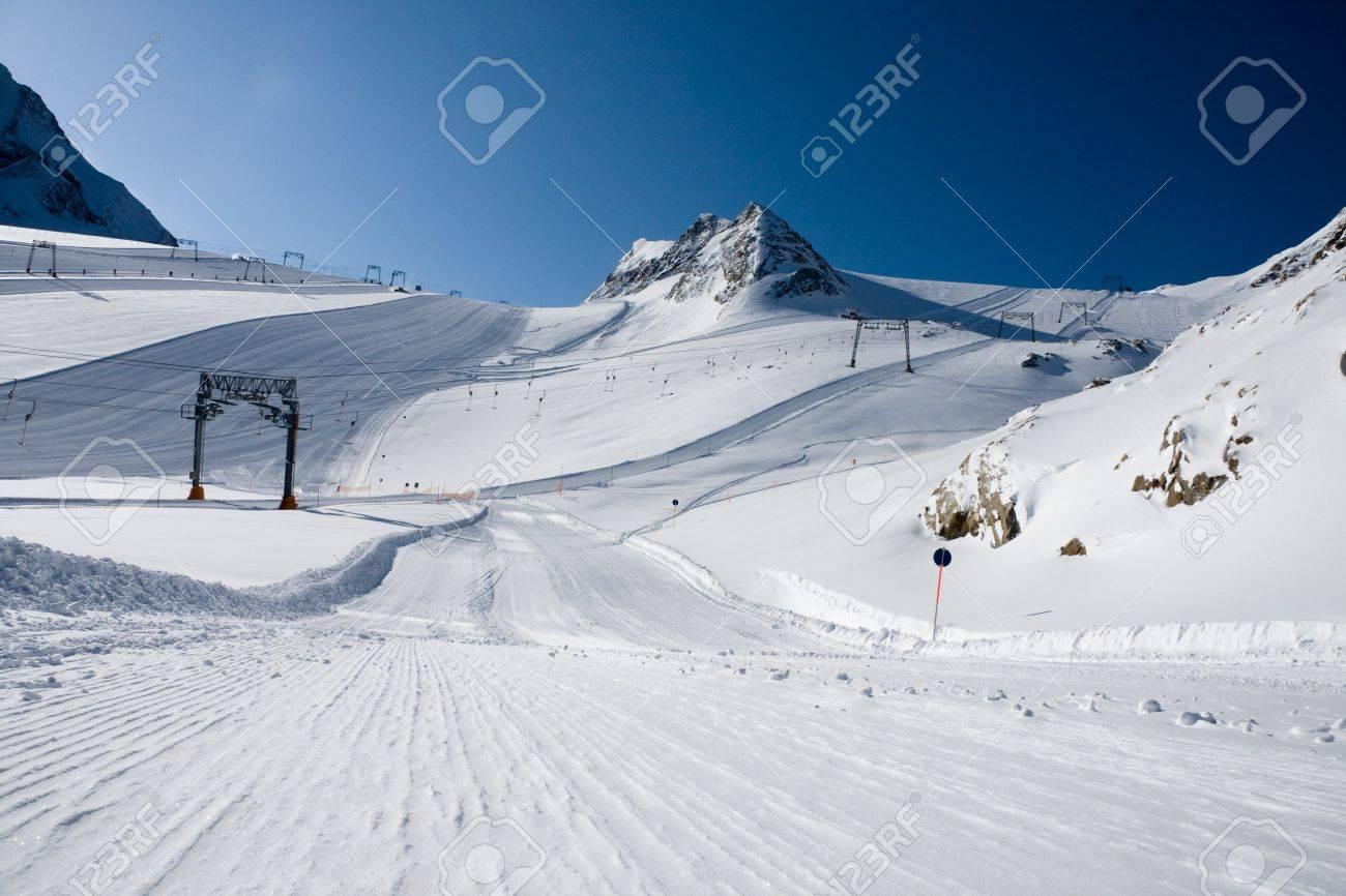 Ski slope under high mountains. Kaprun, Austria. Stock Photo - 4550876
