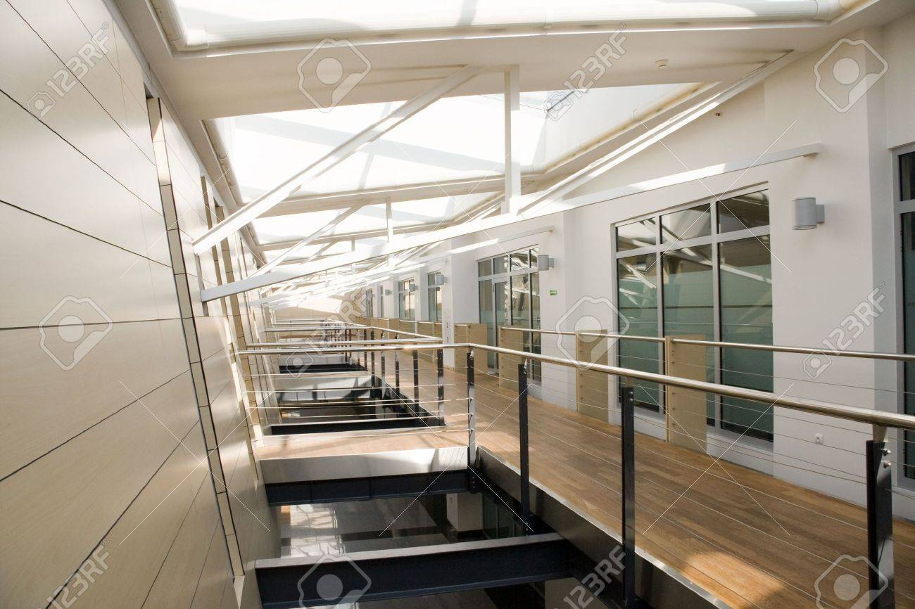 Corridor in modern office building Stock Photo - 5673630