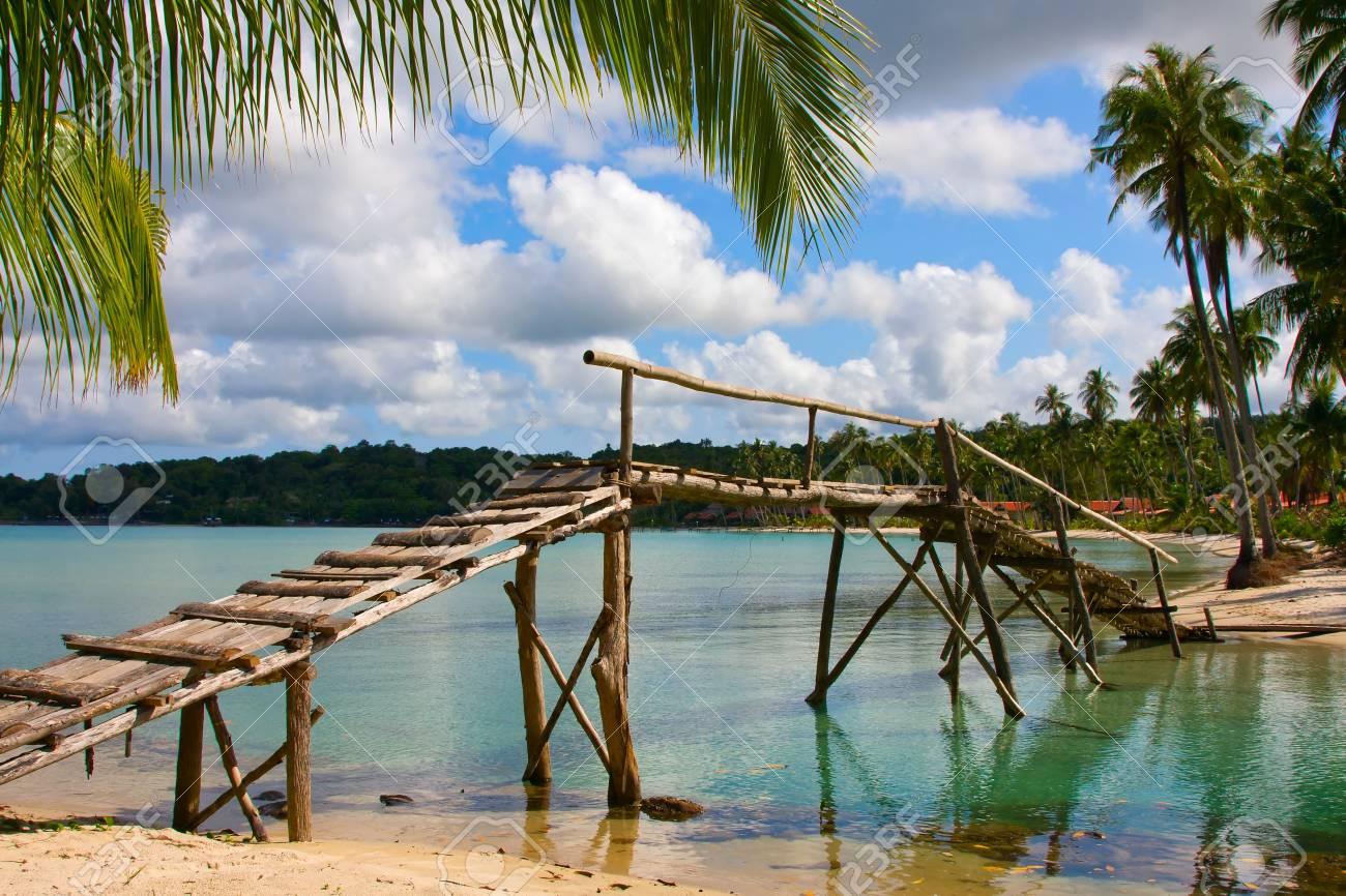 Beautiful tropical beach in Koh Kood , Thailand Stock Photo - 17029470